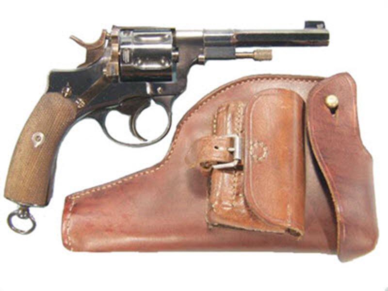 Револьвер Нагана. Подборка фото.